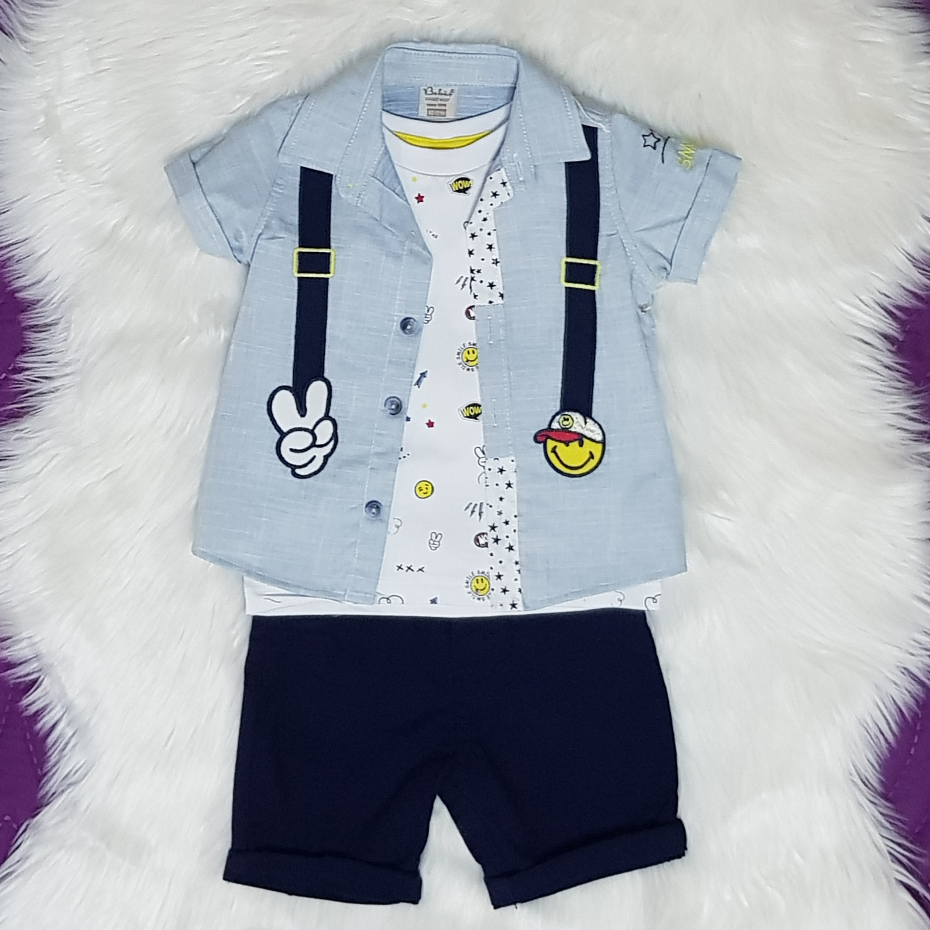 """Set vara 3 piese """" Omuletul fericit"""", camasa bleu, tricou alb si pantalon scurt bleumarin"""