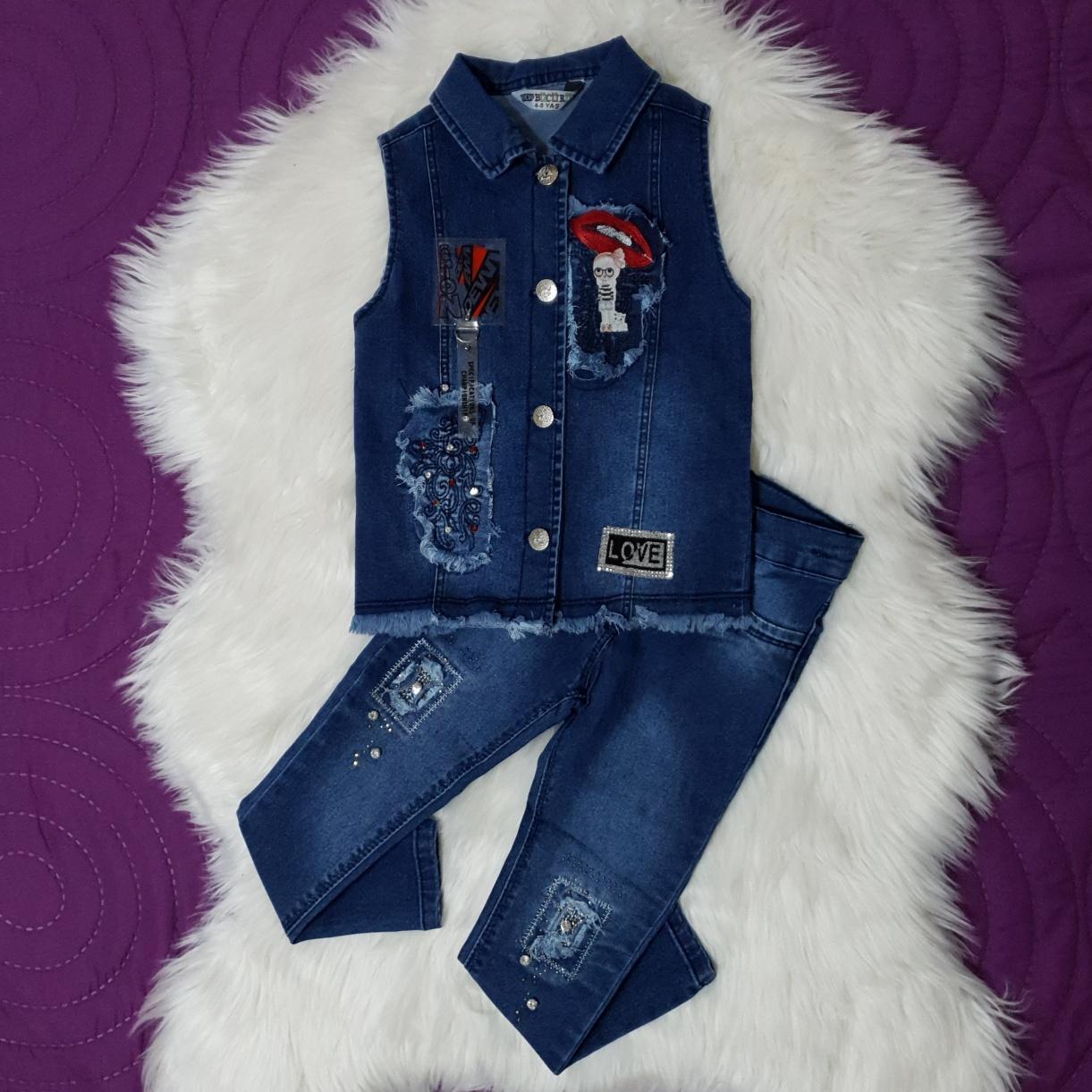 Set blug 2 piese , vesta cu strasuri si aplicatii, blugi albastri lungi