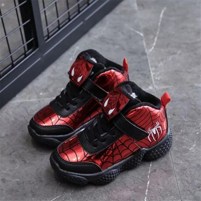 Adidasi rosii tip gheata , model Spiderman