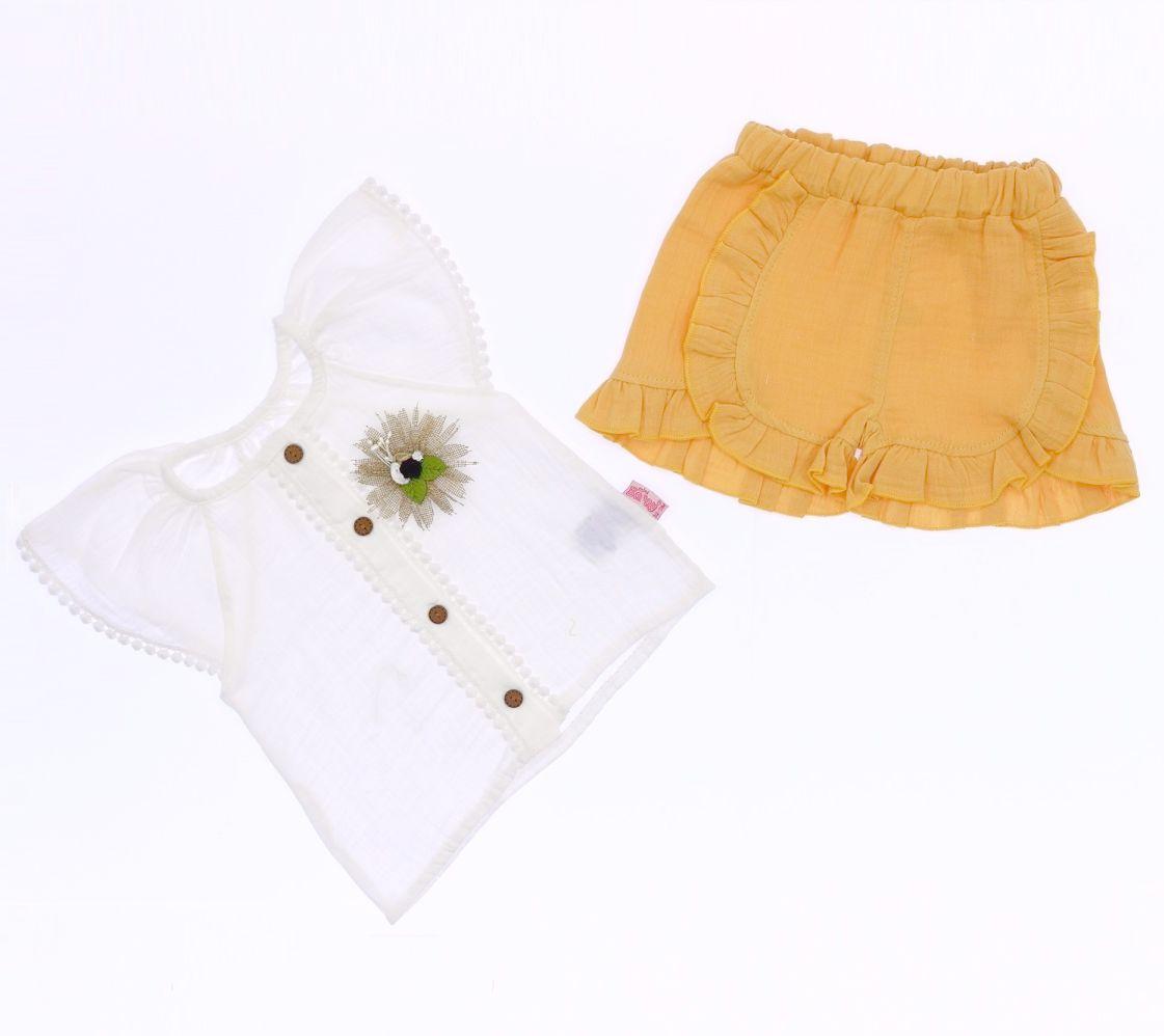 """Set vara 2 piese """" Flori de camp"""", bluza alba , pantaloni portocaliu deschis"""