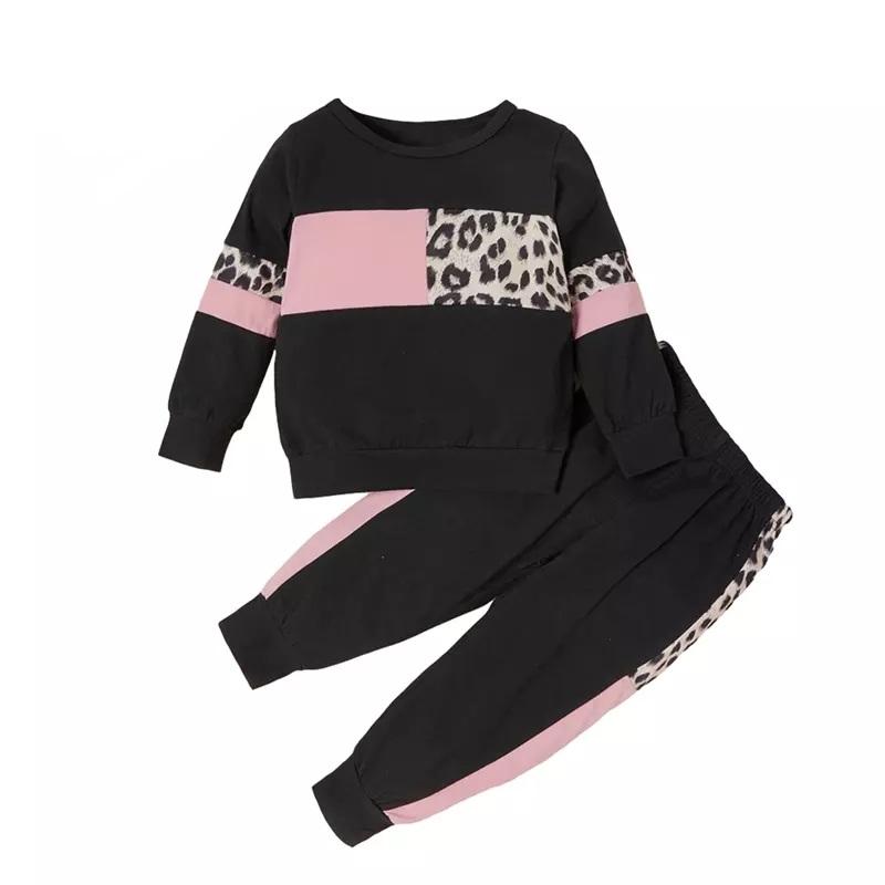 "Set 2 piese ""Love black"" , bluza si pantaloni cu insertii roz si animal print"