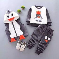 "Trening imblanit 3 piese ""Pinguin"", vesta cu gluga, bluza si pantaloni cocolino gri"