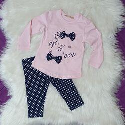 "Set 2 piese "" Fetita cu fundita"", bluza roz maneca lunga , leggings bleumarin cu picatele"