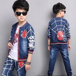 "Set blug 3 piese "" Spiderman"",  geaca , bluza alba maneca lunga si blugi albastri"
