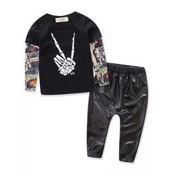 Set 2 piese, bluza neagra , maneci transparente model tatuaj, pantaloni negri imitatie piele