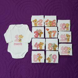 """Set aniversar """" Primele 12 luni ale bebelinei"""", model cu inimioare si flori"""
