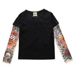 Bluza neagra, maneci model tatuaj